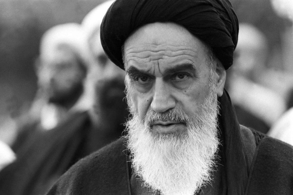 Ayatollah Khomeini praying in Neauphle-le-Chateau