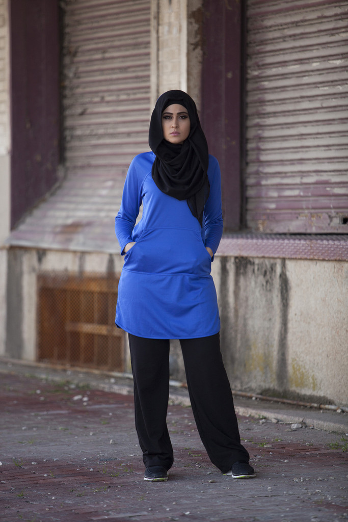 Modest workout top by Verona Collection