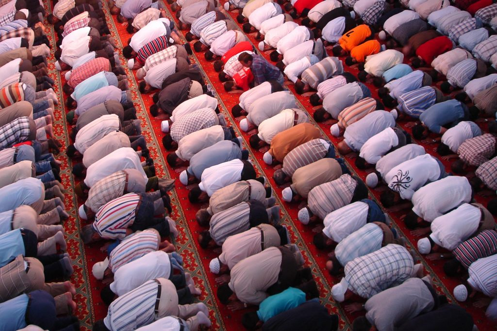 The spiritual and social effects of congregational prayer