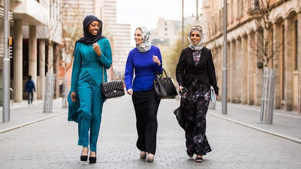 Accountant launches a fashion line designed to empower Muslim women