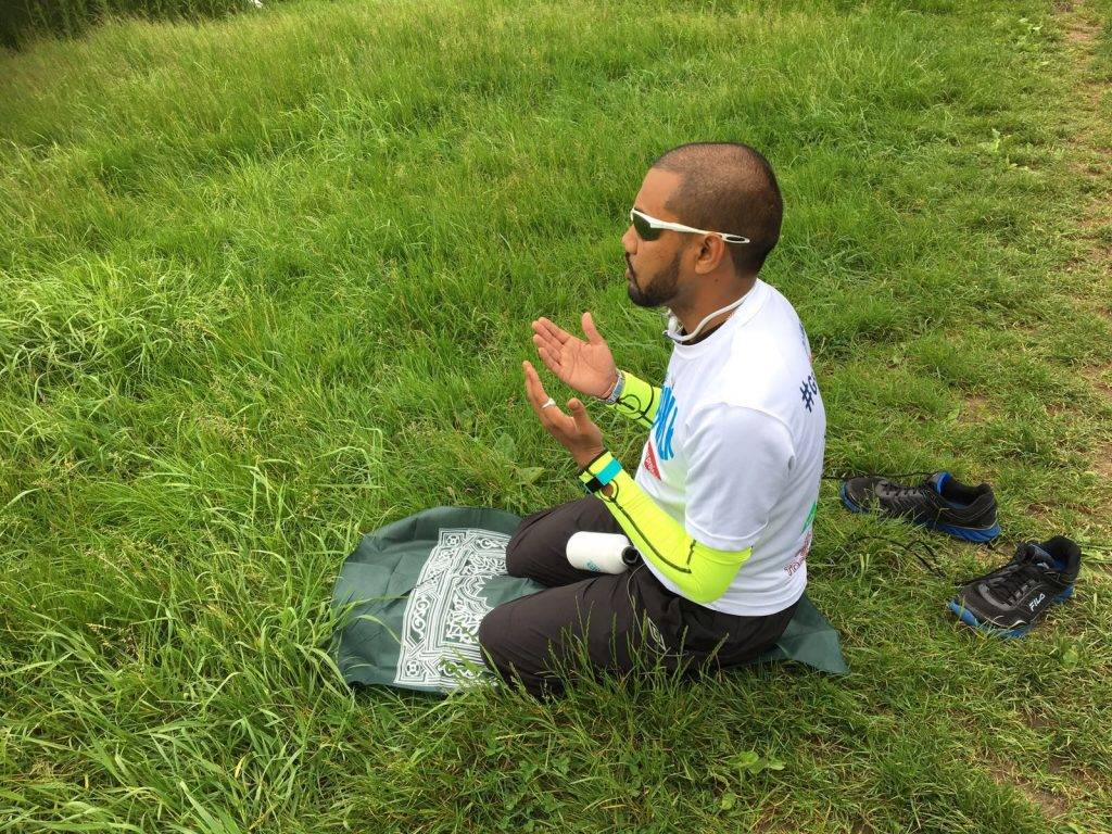 Mohammad's incredible journey: Walking 616 miles while fasting, and still smiling