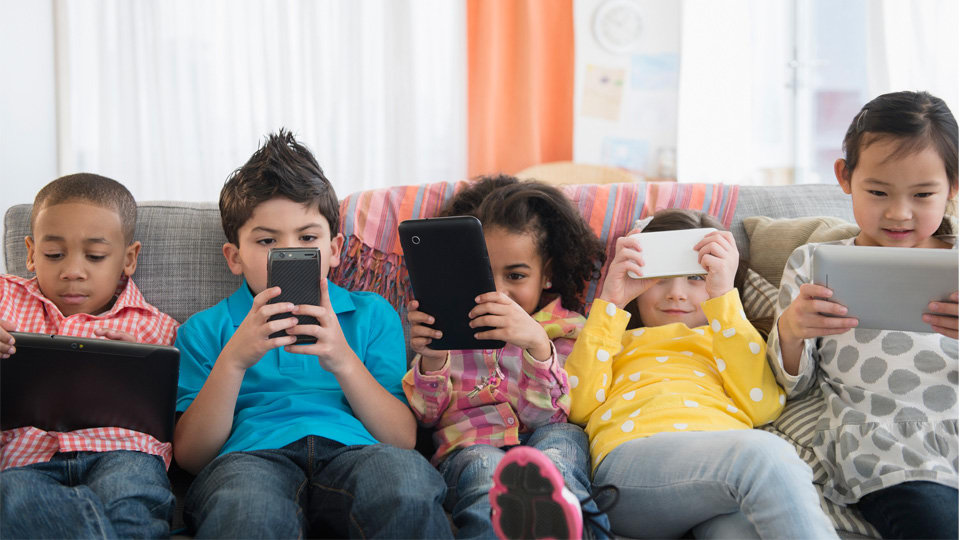 What age should we start allowing our kids to use social media?