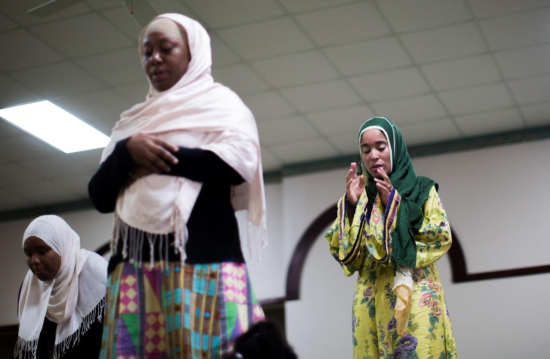 brantford single muslim girls Contact us contact us contact us boys and girls club of brantford 2 edge street brantford, ontario n3t 6h1 phone: (519) 752-2964 fax: (519) 752-6530.