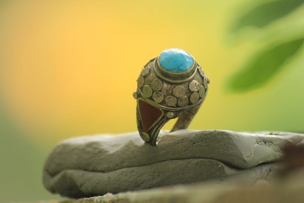 Wearing Rings and Gemstones in Islam: Philosophy and Benefits