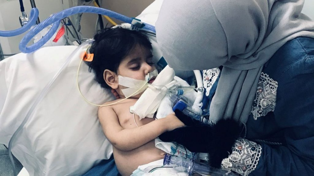 Yemeni Mother Allowed to Meet Dying Son Despite Trump's 'Muslim Ban'