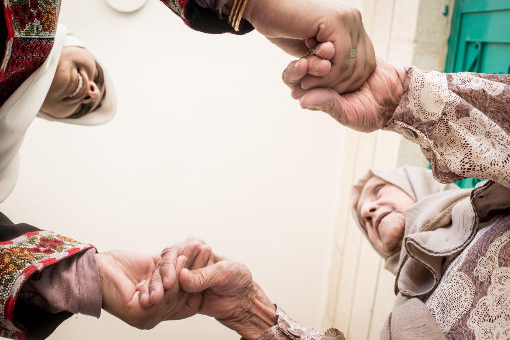 Embracing hope & battling grief: Advice for Muslim family caregivers